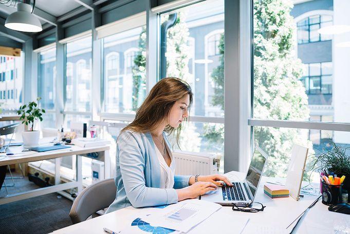 brands-targeting-corporate-employees-work-environment