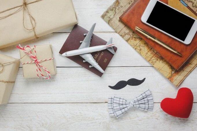 corporate-gift-ideas-office-desk-essentials