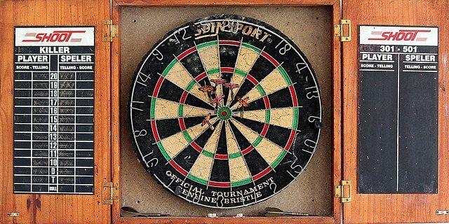 dart-1949968_640-compressed