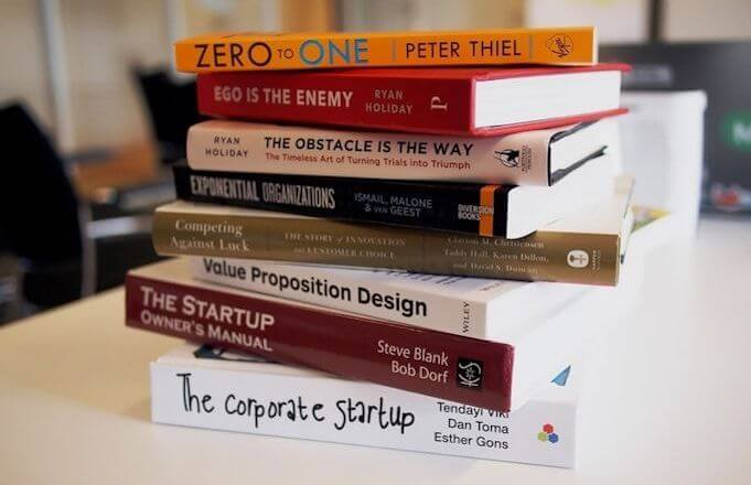 christmas-gifts-for-employees-books