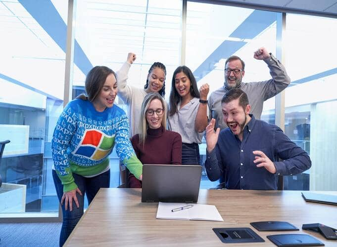 healthy-competition-in-the-workplace-2