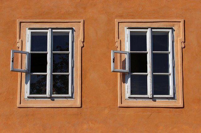 window-941625_640