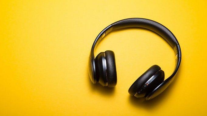 headphones as gifts